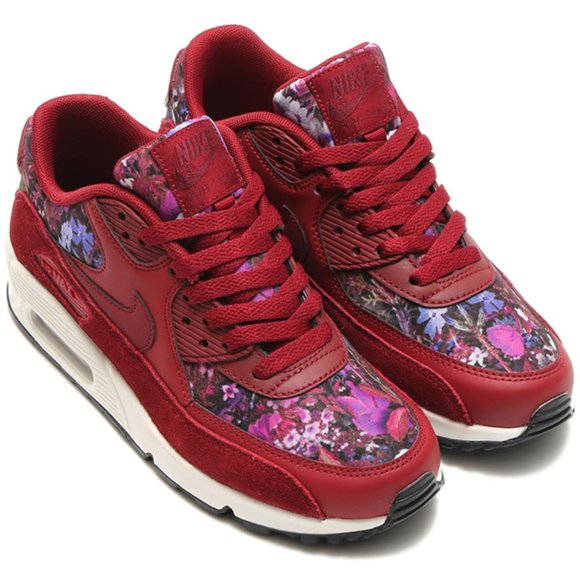 Nike Shoes   New Air Max 90 Floral